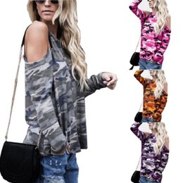2021 camisa casual de las mujeres militares 2017 Autumn Women Loose Off Shoulder Long Sleeve O-Neck Camouflage Military Tee Ladies Casual Cotton Wild Activity Tops T-Shirt camisa casual de las mujeres militares baratos