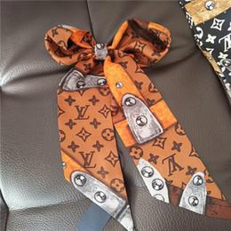 Лучший бренд дизайнер супер мягкий высококачественный шелковая лента многофункциональный платок, галстук-бабочка, ремешок сумки оптом от