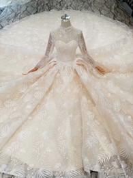 robe de soirée en dentelle bleu pastel Promotion MAGGIEISAMAZING gros image réelle bijou à manches longues lourd perlé exposés Boning Ball robe robes de mariée CYH070