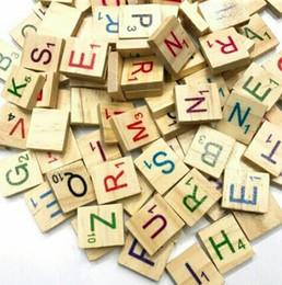 100 adet / takım Ahşap Alfabe Scrabble Fayans Siyah Harfler El Sanatları Ahşap Çocuklar Için Sayıları Scrabble Fayans Mektubu Fayans Erken Eğitim Interac nereden