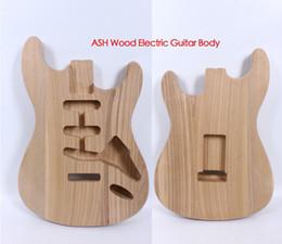 2019 aile de pont Corps de guitare électrique Strat Accessoires de guitare en bois de remplacement ASH Style SSS