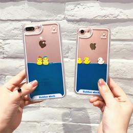 Pato móvil online-Para iphone xs xr funda para teléfono Cute liquid small yellow duck funda para teléfono móvil anti-caída cubierta protectora de dibujos animados Soporte 2PCS entrega