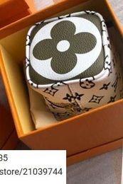 Держатель багажника онлайн-linlin1469685 Лучшая Первая Роскошная X Первая Мода Настоящая Коробка Черный Красный Брелок Центр города Вкладка Сумка Шарм Брелок Red Box Bogo Для Мужчин Женщин