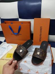 tacchi marrone brillante Sconti 2019 designer diapositive di lusso sandali delle donne di lusso pantofole infradito asso donna sandali da uomo antiscivolo designer pantofole con BOX3333