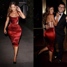 Sexy Dark Red Elastic Silk wie Satin Short Sheath Cocktailkleider für Frauen Günstige Halter Lace Up Zurück Knielangen Party Kleider von Fabrikanten