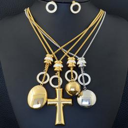 runder edelstahl kreuz anhänger Rabatt Art und Weiseedelstahl Schmucksachen stellen Ohrring-Halsketten-runden Kreuz-Anhänger für Frauen-Mädchen SGHLAACA ein