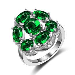 Smaragd armband sterling online-Damen Luxus Smaragd Ring Top Zirkon Simulation Diamant Ring 925 Sterling Silber Braut Ring Pandora Armband