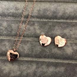 Canada Bijoux de luxe femmes de mariage arc-en-ciel couple coeur 4ct zircon diamant rose or rempli bague de fiançailles réglage alliance cheap earring for couple Offre