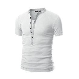 2019 Erkek Tasarımcı T Shirt Erkek V Boyun Düğmesi Kas Casual Slim Fit Kısa Kollu Katı T Gömlek Ordu Yeşil Siyah T Shirt Tops nereden