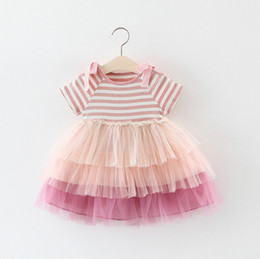 princess cake tutu Promo Codes - Baby girls lace cake dress kids lace-up Bows dew shoulder princess dress children stripe splicing contrast color lace tulle party dressF6294