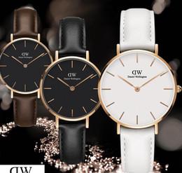 2019 тренд наручных часов 2019 роскошный модный новый dw женские часы Relogio Montre Femme наручные женские часы с кожаным ремешком 32 мм с трендом горячие часы Daniel Wellington скидка тренд наручных часов