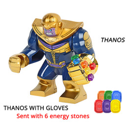 Figuras de hierro online-Thanos Energy Stones Guantes Bloques de Construcción Vengadores 3 Nuevo Infinito Guerra Iron Man Block Marvel Figuras Niños Juguetes Regalo