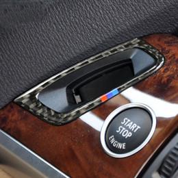 Anello decorativo con foro in fibra di carbonio Anello di blocco chiave per accensione Targa adesivi per auto BMW X5 X6 E70 E71 cheap panel key lock da blocco tastiera del pannello fornitori