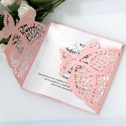 10pcs Lazer Kesim Hollow Kelebek Düğün Davetiyeleri Kartları Kart Kağıt Ve Kapak Seti Doğum Duş Parti Düğün Dekorasyon nereden parlak kartlı kağıt tedarikçiler