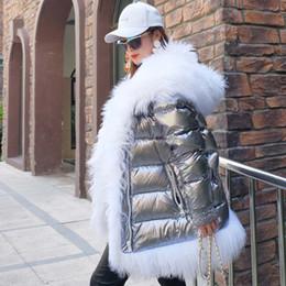 2019 weiße lammfelljacke Neue Version der stylischen Daunenjacke für Frauen mit dicken Lammfellpelz und großem Pelzkragen günstig weiße lammfelljacke