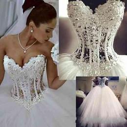 Vestido de casamento bling quente on-line-2020 barato hot bling vestido de baile vestidos de casamento querida lace apliques beads pérolas de tule trem da varredura plus size formal vestidos de noiva