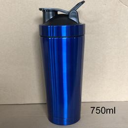 2019 metallschüttlerbecher 700ml Edelstahl-Metall Protein Shaker Cup Blender Mixer Bottle Sport-Wasserflasche mit lecksicheren Deckel günstig metallschüttlerbecher
