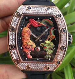 Relojes deportivos de color para hombre online-Marca de lujo para hombre Reloj deportivo Reloj Tornillos de ranura Oro rosa Inoxidable Diamante bisel Colores Tigre y dragón Esqueleto automático Reloj de pulsera para hombre
