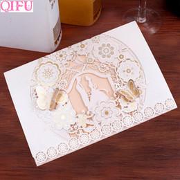 2019 hochzeitskarten einladung braut QIFU 18x12cm 1set Hohlkarten Einladung für Hochzeitseinladungen Braut und Bräutigam Hochzeitskarten Party Supplies rabatt hochzeitskarten einladung braut