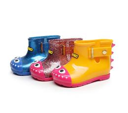 Botas de goma viejas online-Dinosaurio de la historieta del interior Longitud 11.8-18.8CM niños tiburón de goma botas de lluvia antideslizantes jalea rainshoes 3 colores para los niños 1-6 años