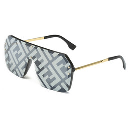2019 Moda kişilik marka tasarımcı güneş gözlüğü UV400 Erkekler ve Kadınlar Güneş Gözlüğü Sürüş Gözlük Eğlence gözlük 8 renkler ücretsiz kargo nereden