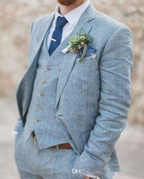 2019 chaleco de lino para hombre Nuevos trajes a medida de lino azul claro para hombre Trajes de boda Slim Fit 3 piezas de esmoquin mejores trajes de hombre (chaqueta + pantalones + chaleco) chaleco de lino para hombre baratos