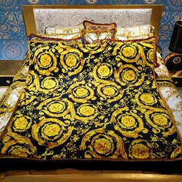 samt kollektion Rabatt Le Vase Barock Medusa Decken Klimaanlage Decke Samt Lässig Warm Winter Komfort Decke Luxus Designer Home Hotel Collection