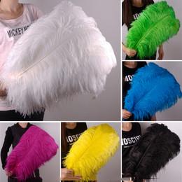 """10 unids / lote Natural blanco plumas de avestruz suaves suaves plumas blancas puras para embarcaciones de avestruz artesanía decoración del banquete de boda 40-45cm 16 """"-18"""" desde fabricantes"""