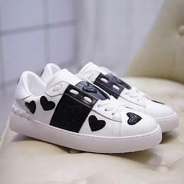 robes noires pour femmes à bas prix Promotion Avec boîte pas cher Chaussures Chaussures De Luxe Designer Femmes Blanc Robe Noire De Luxe Sneakers Hommes Femmes Casual Chaussure