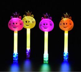 cerdo palo Rebajas Nuevo estilo Pig Stick LED Luces de dedo Brillantes Resplandor Color láser Lámparas emisoras Celebración de Navidad Festival Fiesta YH1666