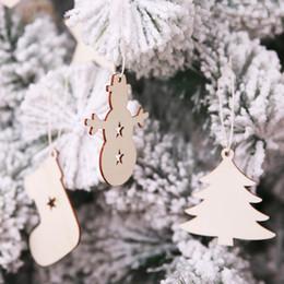 2019 decorazioni naturali della natura 10 pz / set Alci, pupazzo di neve, Babbo Natale, fiocco di neve Natale appeso in legno decorazioni pendente in legno naturale per la decorazione della casa di Capodanno decorazioni naturali della natura economici