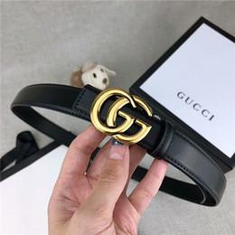 Anchos cinturones negros para mujer online-Venta al por mayor venta caliente de las mujeres cartas de moda cinturón de hebilla suave 2.4 cm ancho café negro cinturón sin caja cinturón de transporte libre