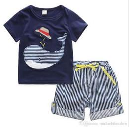 Deutschland Summer Boy INS Wal Hut Streifen Anzug neue Kinder Cartoon Dinosaurier ins Kurzarm T-Shirt + Shorts 2 Stück Anzug Babykleidung supplier 3t dinosaur shirt Versorgung