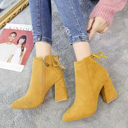 chunky block ferse schuhe Rabatt Hot Sale-Lace Up Suede Stiefel Sexy Blockabsatz Ankle Boots für Frauen Mode-Herbst-Winter-Schuhe 2020 Zipper Rot / Schwarz Chunky Stiefel Heels