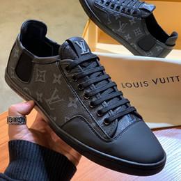 nuevo patrón de zapatos para hombre. Rebajas Nuevo diseñador de lujo zapatos de hombre zapatillas de deporte patrón de impresión de moda de cuero plana zapatos casuales con cordones zapatillas de baloncesto de alta calidad