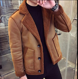 Giacche in velluto xxxl online-M-XXXL 2019 giacca bavero uomo giovanile scamosciata ispessimento dei capelli d'agnello giacca maschile più velluto agnello abbigliamento