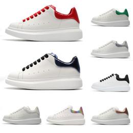 semelles noires Promotion 2019 Fashion Ace Brand New Luxe Designer Chaussures Triple Blanc Noir Rouge Flats En Cuir À Lacets Plateforme Unique Baskets Blanc Noir Casual chaussure