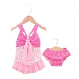2019 rosa gekräuselten bikini Nette 2pcs Kinder Badebekleidung Bikini Set Pink Halter Badeanzug Baby Mädchen Bikini Set Dot Print Sommer Rüschen Split Badeanzug rabatt rosa gekräuselten bikini