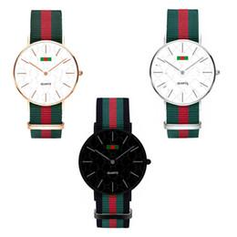 Orologio moda di lusso in nylon ultra-sottile orologio orologio neutro semplice rosso verde strisce cinghie unisex donna uomo orologi da polso 36mm 40mm C71702 da