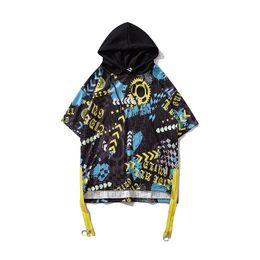 Estilos de vestir para hombres cortos. online-2019 Nuevo estilo Graffiti Novedad Camiseta de manga corta con capucha Vestido oversize hip hop de calle Camisetas para hombre de verano