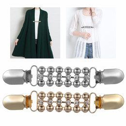 Clips de chal online-1 Unids Mujeres Cardigan Suéter Blusa Pin Chal Broche Clips Camisa Collar Retro Pato Clip Invierno Bufanda Cierres Encantos Accesorios