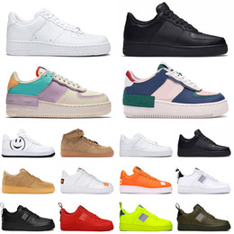 2020 scarpe basse della piattaforma nera 2020 Men Women platform Chaussures Running Shoes Triple Black White Sports Skateboarding High Low Cut Flax Mens Zapatos Trainers Sneakers scarpe basse della piattaforma nera economici