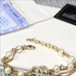 Senhora da forma quente com selo de alta qualidade multi-camada de strass cadeia de pérolas carta requintado pulseira jóias entrega rápida de
