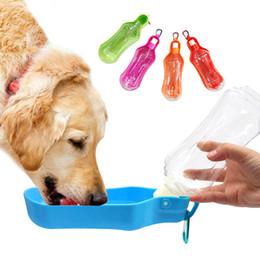 Garrafa de pressão de água on-line-Pet Squeeze Garrafa de Água Dobrável Cão Água Potável Chaleira Pet Dispenser Água Pet Caminhadas Ao Ar Livre Caminhadas Viagem Beber Garrafa