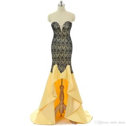 Argentina Vestidos de cóctel amarillos 2017 Mermiad Sweetheart Black Appliques Lace High Low Vestidos de baile Vestidos de noche formales JMC003 cheap yellow formal high low dresses Suministro