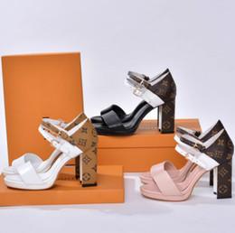 Argentina Explosión modelos sandalias moda zapatos casuales 35-41 de gama alta calidad de lujo tacones altos clásico caliente ventas directas de fábrica Suministro