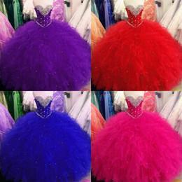 vestidos de rosa quente e roxo Desconto Goegeous vermelho azul royal Quinceanera vestidos de baile vestido de baile roxo Hot Pink Ruffles Tulle cristal Beading doce 16 vestido Vastidos De Dress