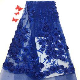 2019 новый запас Африканский вышитые кружева 3D цветок разноцветные горячие продажа платье кружевной ткани оптовая цена от Поставщики пальто из шифона