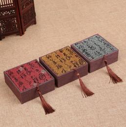 Bracelet de style ethnique en Ligne-Boîte à bijoux en bois de style ethnique pour les femmes bracelet bracelet carré chinois rétro bague boîte à bijoux boîte cadeau