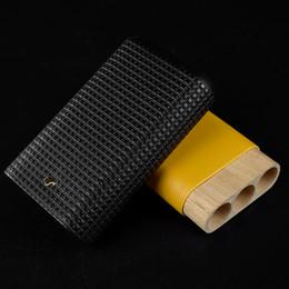 Zigarrenpreise online-Einzigartige Modellierung exquisite Verarbeitung Großhandelspreis COHIBA BlackYellow Leder 3 Tube Zigarre Reisehalter Fall Humidor Geschenkbox